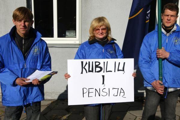 Seimas nepajėgia apsispręsti dėl pensinio amžiaus ilginimo
