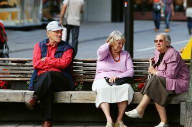 Valdantieji - prieš siūlymą sumažintas pensijas mokėti trumpiau