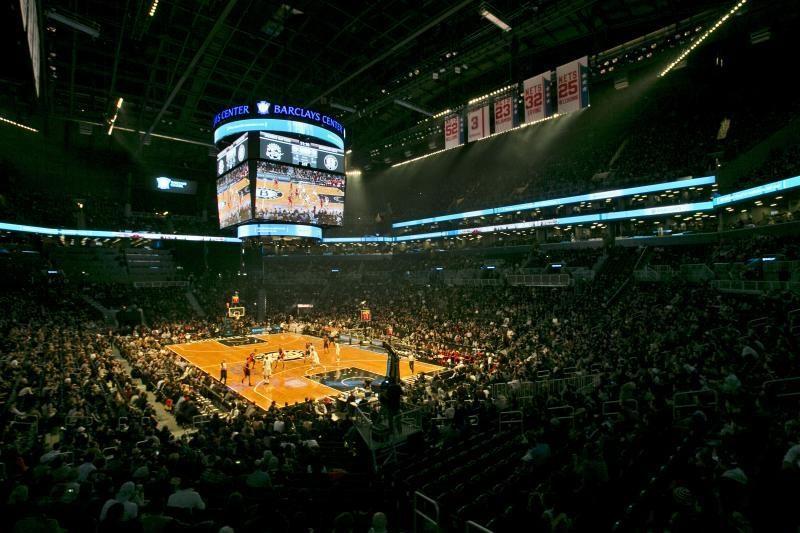 Krepšinio linksmybės: NBA - teisėjo blokas, Europoje - muštynės