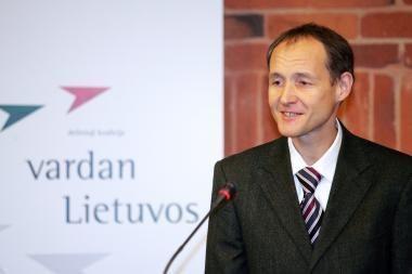 P.Subačius: karsto nešimas į bažnyčią nėra liturginė apeiga