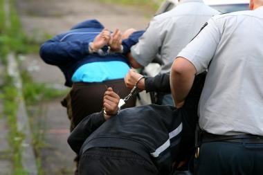 Policininkas darbe sutiko jį sumušusį chuliganą