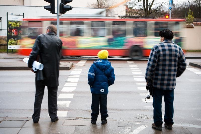 Saugaus eismo mėnesį – daugiau dėmesio saugumui pėsčiųjų perėjose