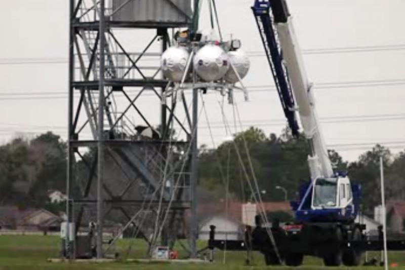 """NASA išbandė prototipinę metanu varomą raketą-nešėją """"Morpheus"""""""