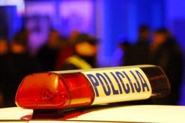 Kontrabandą gabenę lenkai pabėgo iš policijos nuovados
