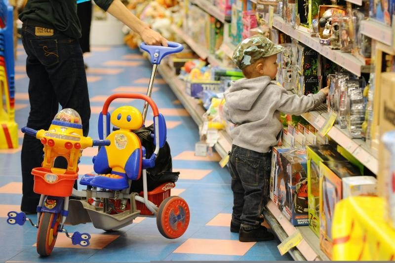Už prekybą pavojingais kiniškais žaislais – 5 tūkst. litų bauda