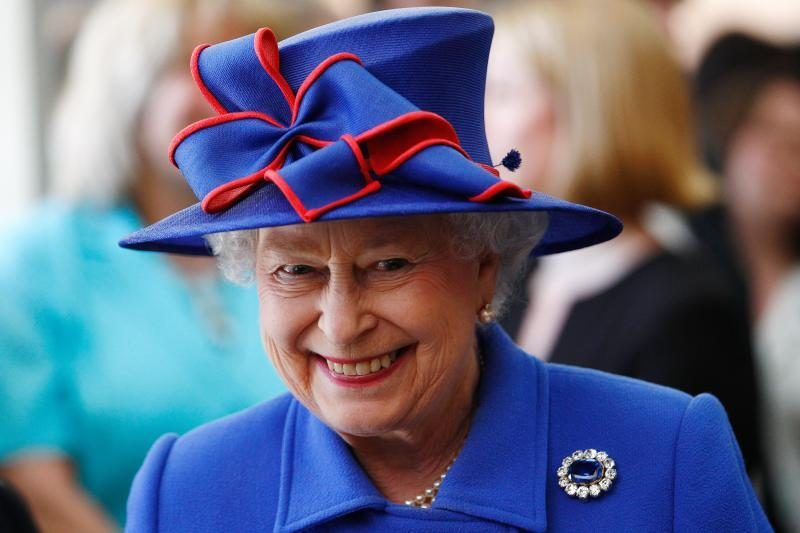Jungtinė Karalystė mini karalienės gimtadienį
