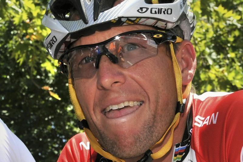 L. Armstrongas viešai prabils apie didžiausią nuopuolį savo karjeroje