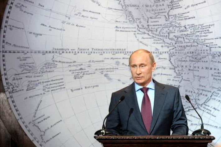 V.Putinas grįžta į Kremlių netikrumo apimtoje Rusijoje