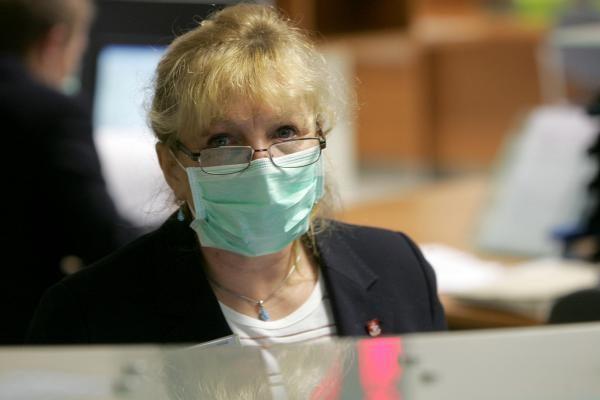 Gripo epidemija Lietuvoje gali būti paskelbta pirmadienį, vaistai pasieks - antradienį