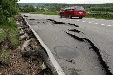 Aplinkos ministerija pareikalavo, kad olandai atsiimtų naudotą asfaltą