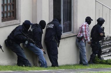 FTB ištiesė ranką STT