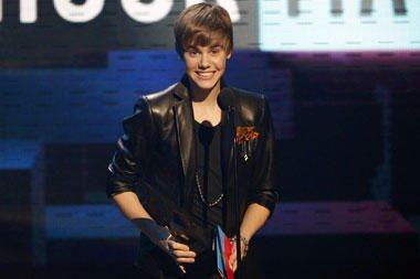 """J.Bieberio """"Baby"""" – žiūrimiausias """"YouTube"""" muzikinis įrašas"""
