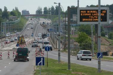 Ginčą dėl Lazdynų tilto teismas nagrinės rugsėjį