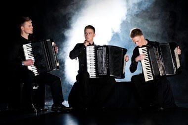 """""""Palėpės muzikoje"""" – akordeonistų trio """"Chill'out"""""""