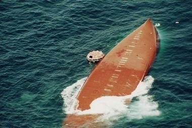 Ties Libano pakrante apvirto turkų laivas