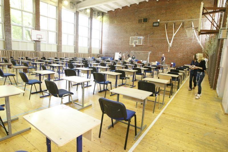 Klaipėdoje į istorijos egzaminą neatvyko per pusšimtis abiturientų
