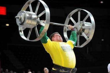 Ž.Savickas pagerino pasaulio rekordą