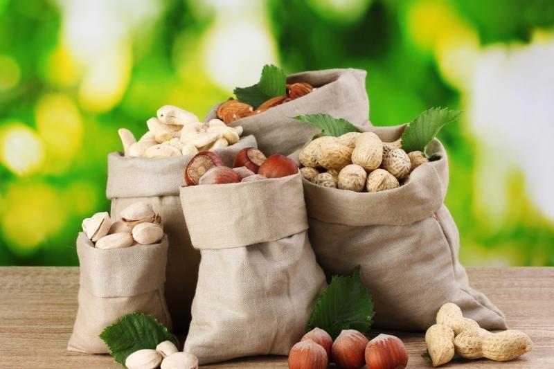 Pernai į rinką uždrausta tiekti beveik 900 tonų maisto produktų