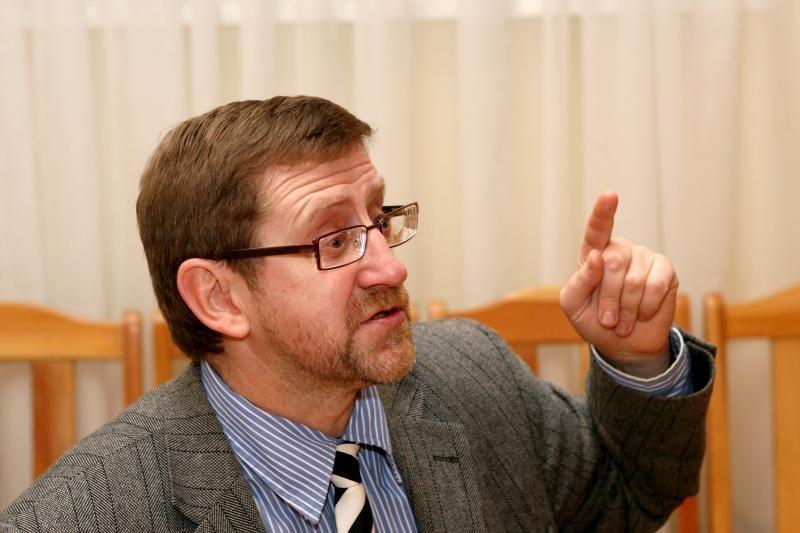 Rinkimų prievaizdai Artūrui Šulcui vilčių patekti į Seimą nesuteikė