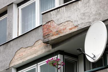Apleistų namų savininkams gresia baudos