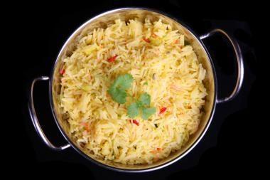 Nerimą dėl pasaulinės maisto krizės mažina beveik nebrangstantys ryžiai