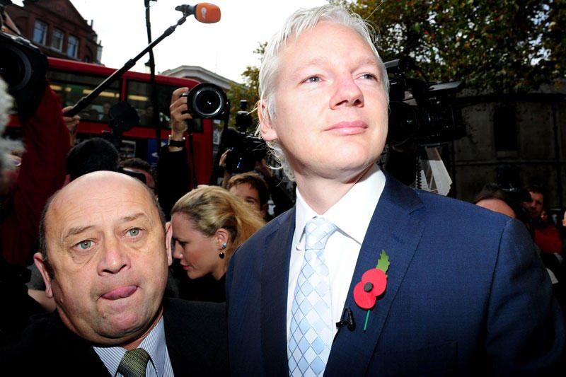 """JAV """"suformulavo slaptus kaltinimus"""" """"WikiLeaks"""" įkūrėjui"""