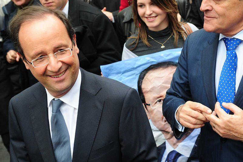 Pagal apklausas pirmajame ture pranašesnis buvo F.Hollande'as