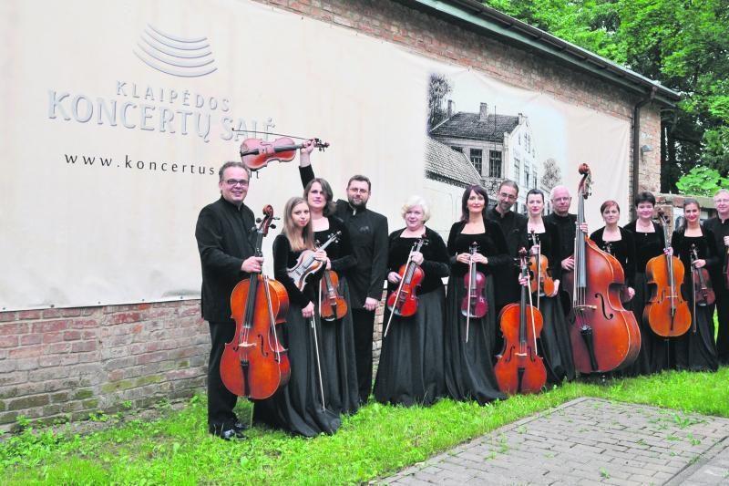 Klaipėdos koncertų salės scenoje –  šeimų duetai ir orkestras