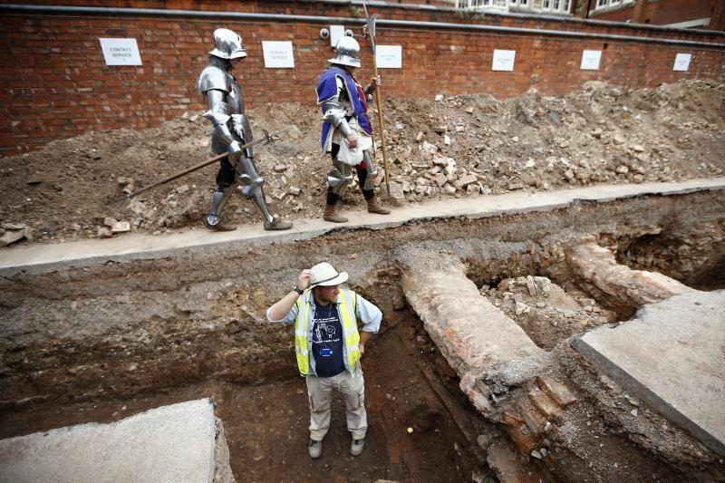 Anglijoje rasti griaučiai yra karaliaus Richardo III palaikai