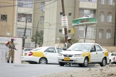 Jemene prie JAV ambasados virė mūšis