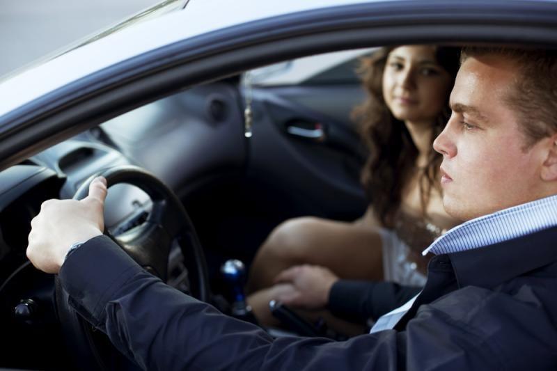 Pavojus vairuotojui - šalia sėdintis sutuoktinis