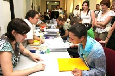 Baigiasi prašymų į aukštąsias mokyklas priėmimas