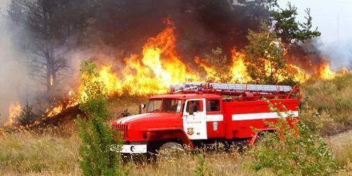 Rusijos pareigūnai žada užgesinti gaisrus per savaitę