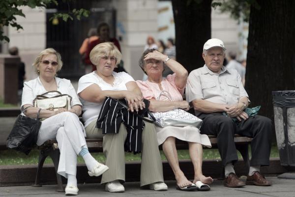 Vyriausybė aptars pedagogų ankstesnio išėjimo į pensiją galimybes