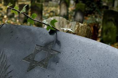 Lietuva ruošiasi kitąmet išskirtinai pagerbti holokausto aukas