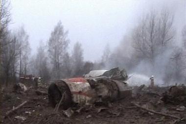 Brolis dvynys atpažino Kaczynskio ir jo žmonos kūnus
