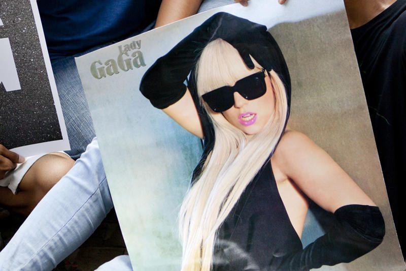 Lady Gaga per koncertą apdovanota sekso žaisliuku