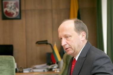 Premjeras dalyvauja Pasaulio lietuvių ekonomikos forumo konferencijoje Londone