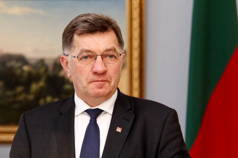 A. Butkevičius: iš šešėlio bus siekiama atkovoti 0,5 proc. BVP