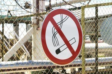 Automobilyje rūkaliams – ne vieta