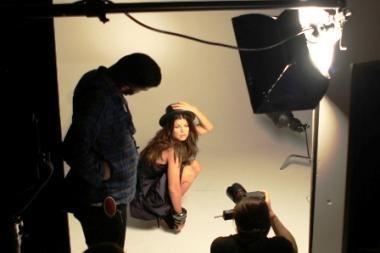 """Seksualioji """"Black Eyed Peas"""" vokalistė Fergie turės savo kvepalus"""