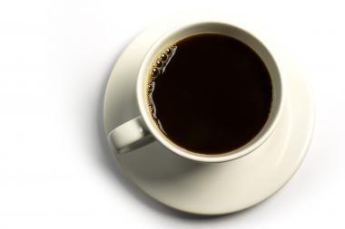 Kavą galima tik uostyti