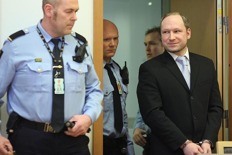 """A.B.Breiviko teisme ultradešinieji pasmerkė """"islamizaciją"""""""