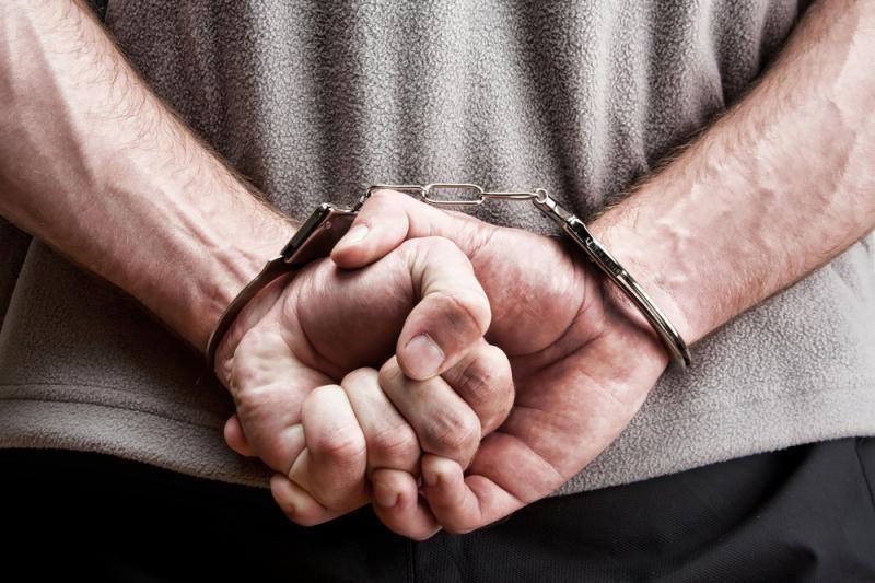 Įtariamasis prievartavimu bandė pasitraukti iš gyvenimo