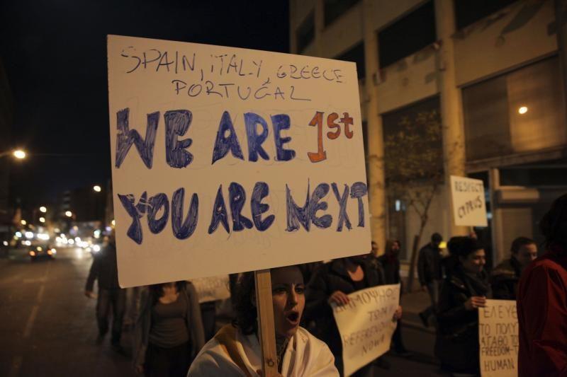 """Pasitraukimas iš euro zonos Kiprą nublokštų """"šimtmečius"""" atgal"""