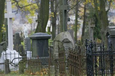 Baigiamos tvarkyti Bernardinų kapinių vertybės