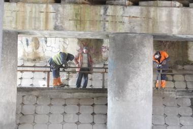 Atnaujina H.Manto gatvės viaduko konstrukcijas