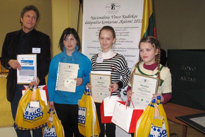 Išrinkti dailiausiai rašantys Lietuvos gyventojai