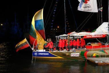 Lietuvos buriuotojai pasiekė Kylio uostą
