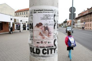 Nepadoraus pavadinimo grupė Klaipėdoje šokiravo plakatu